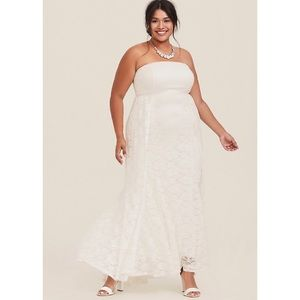 🆕Torrid Wedding Special Occasion Gown 16